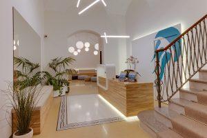 bancone-reception-hotel